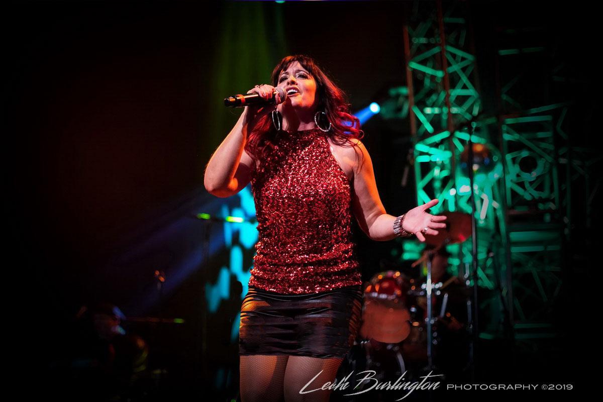 kara-singing-1